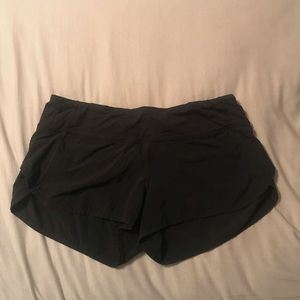 Lululemon black speed short